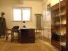 Pokój dyżurującego funkcjonariusza gestapo w areszcie na Szucha. Tu odbywały się także przesłuchania więźniów.